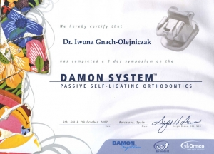 SYMPOSIUM DAMON SYSTEM PASSIVE SELF-LIGATING ORTHODONTICS
